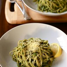 Baby Spinach And Walnut Pesto by Wandering Spice