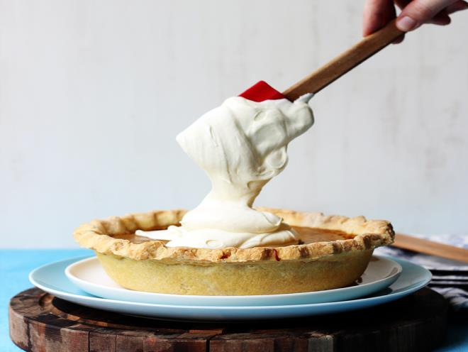 Bourbon-Spiked Pumpkin Pie With Vanilla Bean Whipped Cream ...