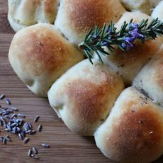 Crock Pot Rosemary And Lavender Pull Apart Rolls by What's on the list?