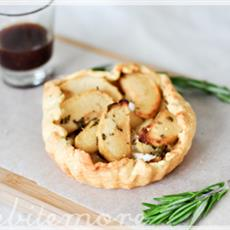 Apple Camembert Tart