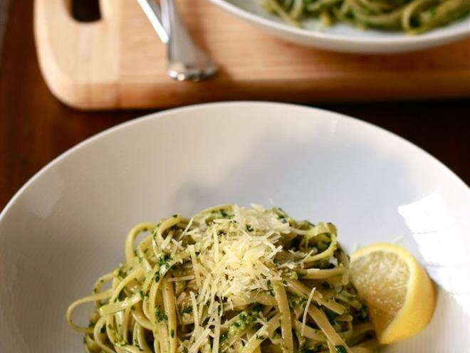 Baby Spinach And Walnut Pesto