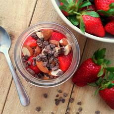 Grab & Go Chocolate Chia Breakfast