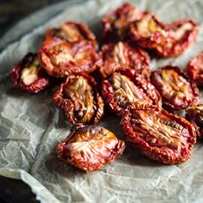 Semi-dried Tomatoes by Chew Town